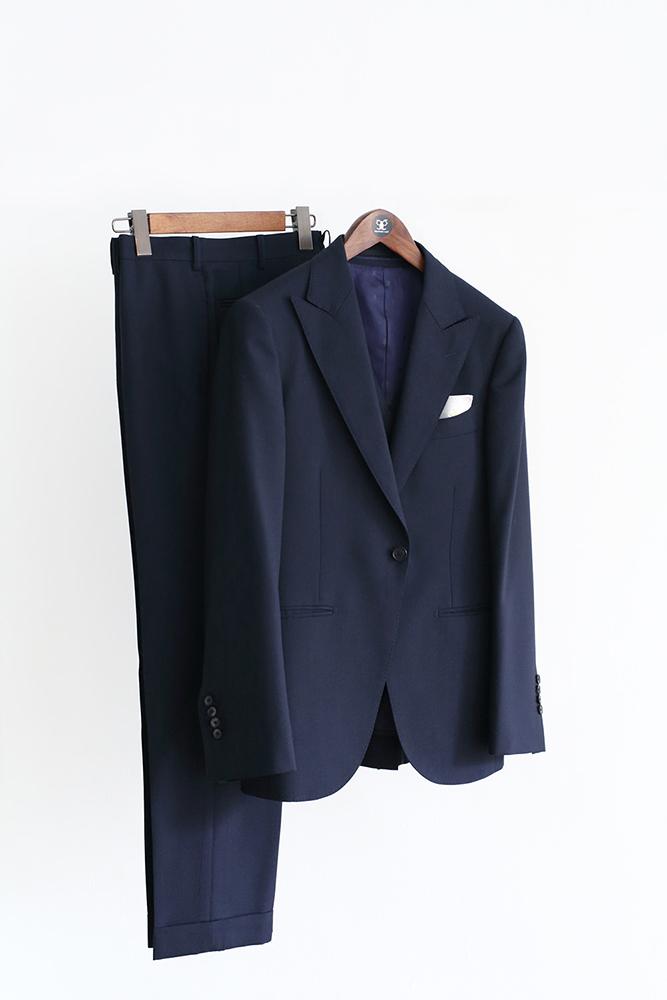 suit | Suit